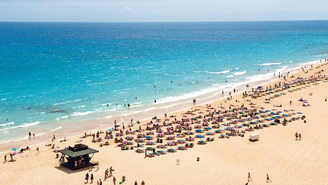 Best Canary Island For Sun In October